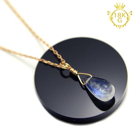 【宝石質ブルームーンストーン】雫型・18金ゴールドネックレス